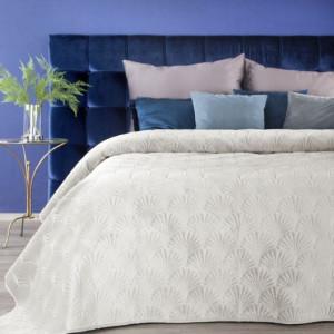 Prošívaný luxusní přehoz na postel krémové barvy