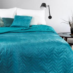 Zářivý tyrkysový přehoz na postel v oboustranném provedení