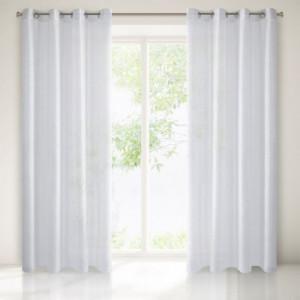 Bílá dekorační záclona se stříbrným prošíváním