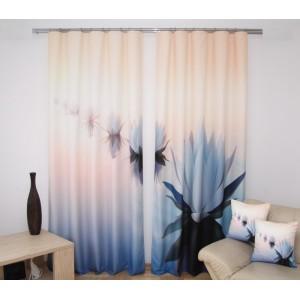 Krémové závěsy na okno s motivem modrých leknínů