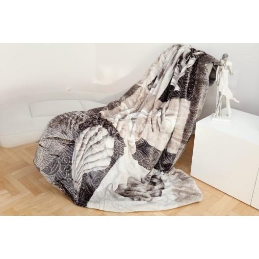 Teplá vzorovaná deka šedé barvy