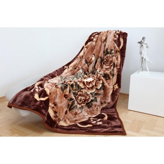 Teplá deka s květinami hnědé barvy