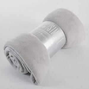 Univerzální deka světle šedé barvy