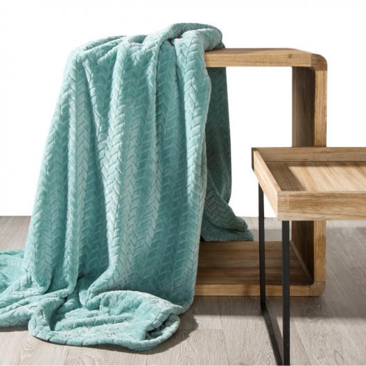 Příjemně měkká deka mátově zelené barvy