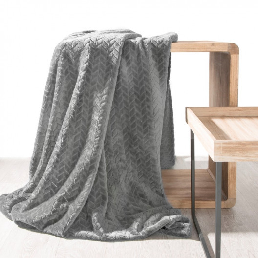 Jemná dekorativní deka šedé barvy