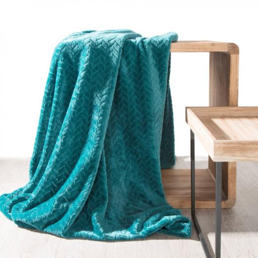 Tyrkysová hřejivá deka s geometrickým motivem