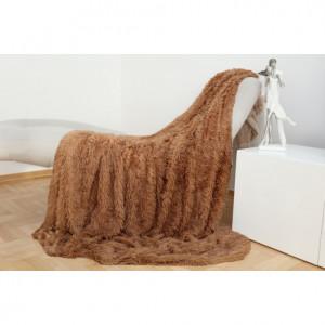 Jemná chlupatá deka hnědé barvy