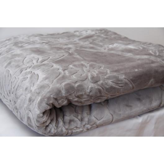 Luxusní deka v šedé barvě