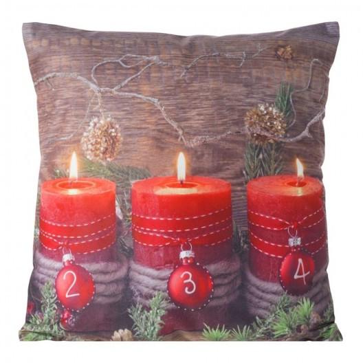 Vánoční povlak na polštář s motivem hořících svíček