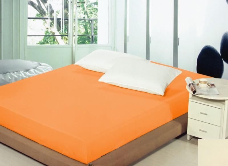 Prostěradla na postel světle oranžové barvy