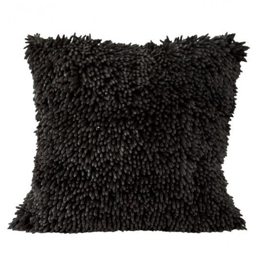 Třásňová povlak na polštář černé barvy