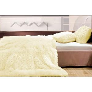 Vanilkové plyšové přehozy, deky na postel