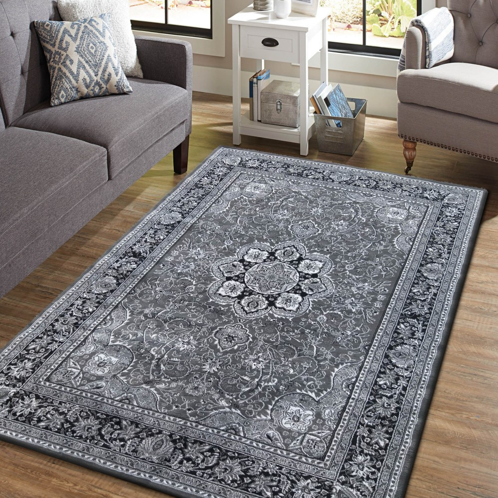 Šedý koberec s ornamenty mandala
