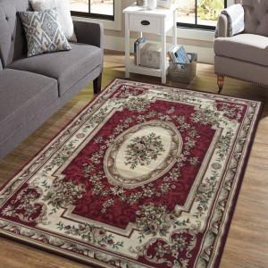 Vintage koberec v krásné červené barvě
