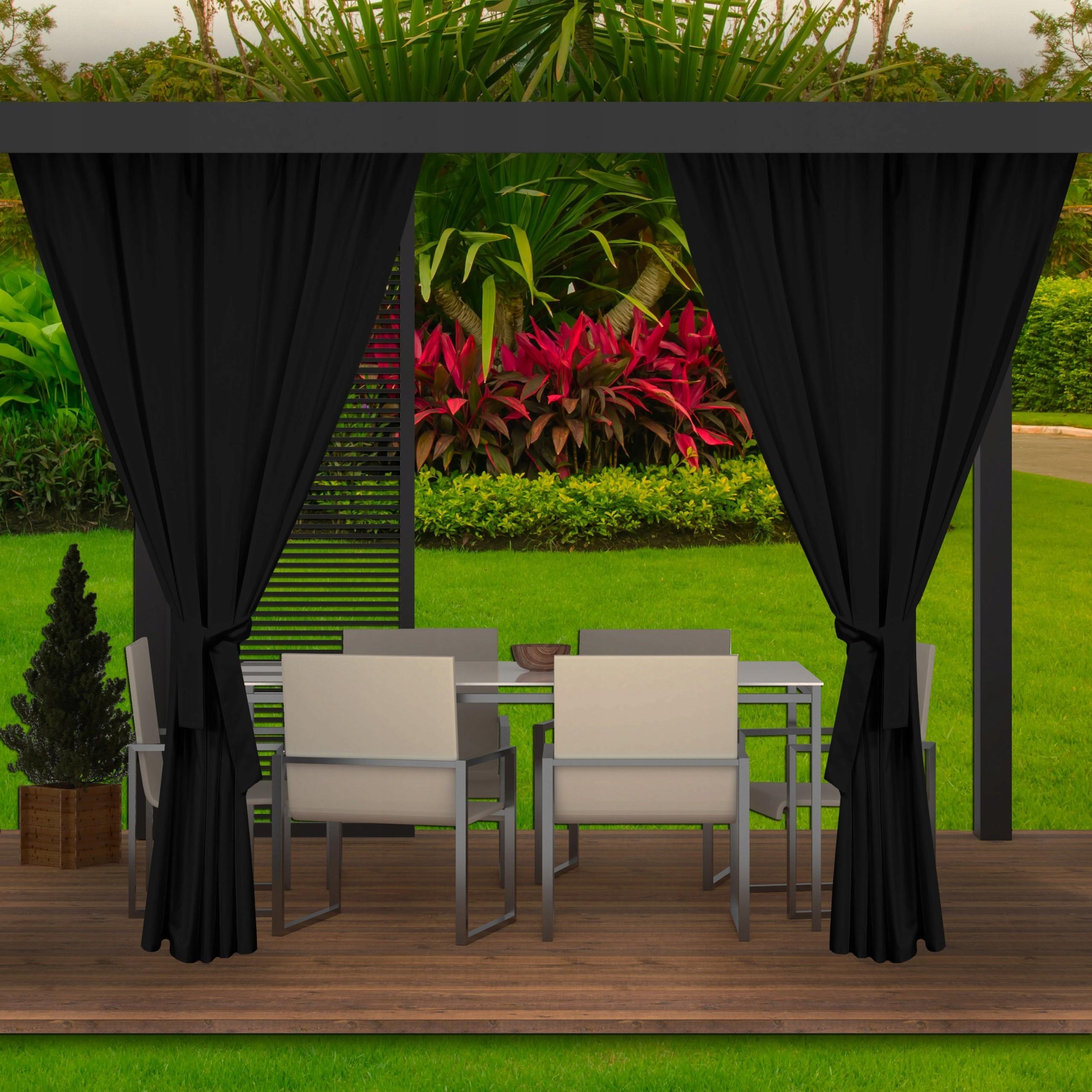 Moderní exteriérových černé závěsy na zahradní terasu