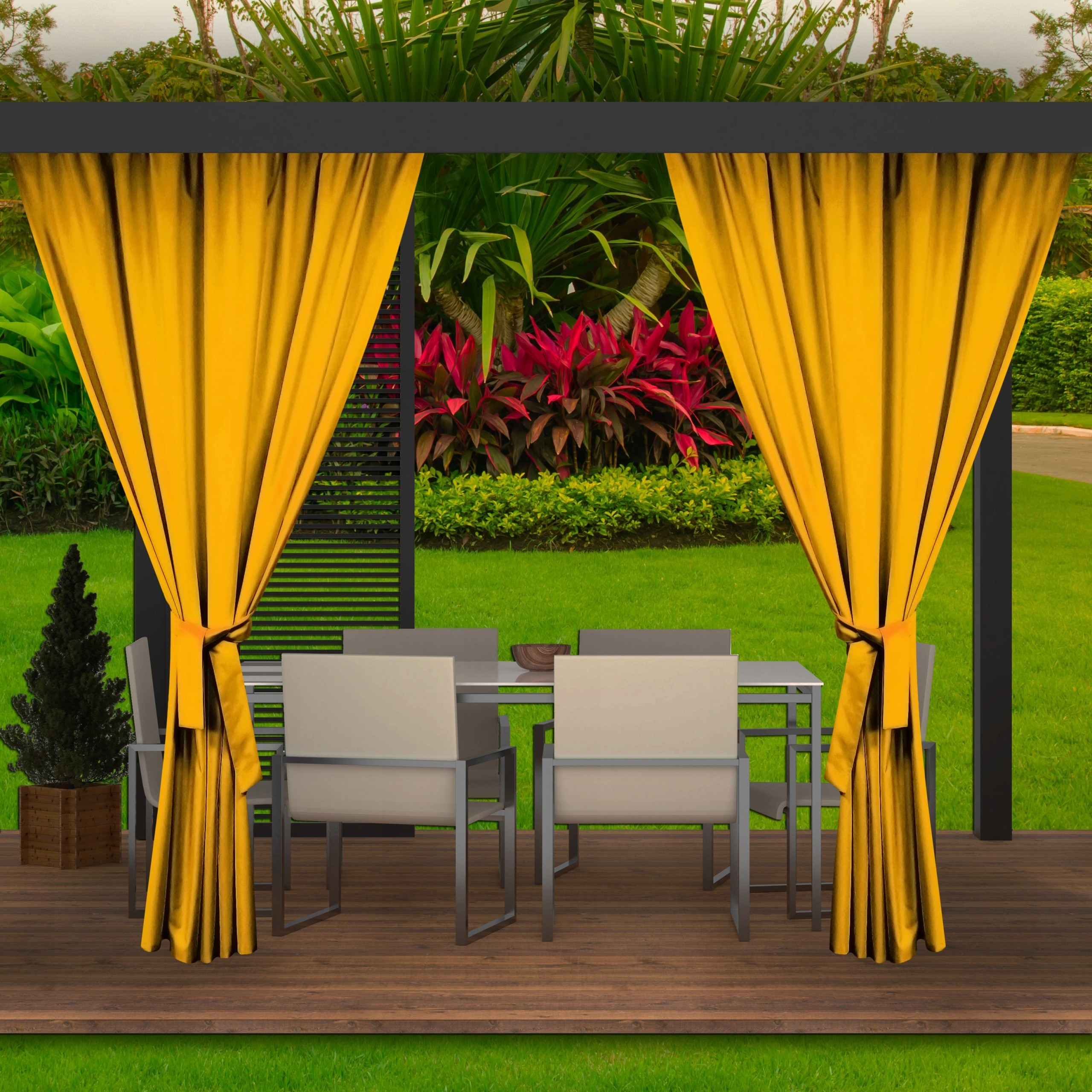 Výrazný žlutý závěs do zahradního altánku