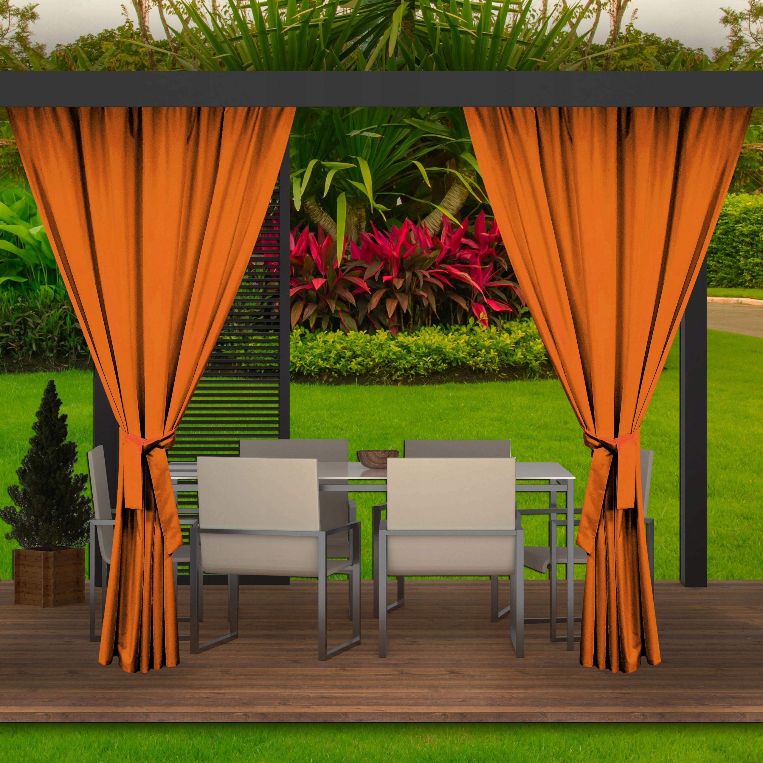 Moderní oranžový závěs do zahradního altánku