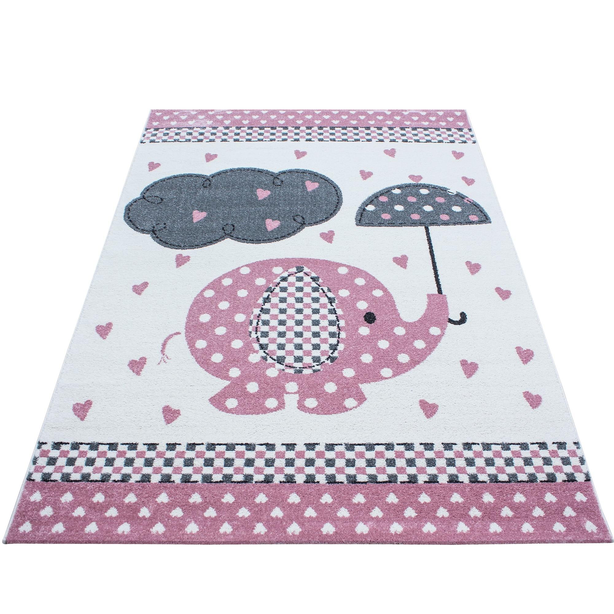 Roztomilý růžový koberec do dětského pokoje sloník štěstí