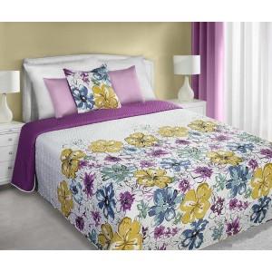 Bílo fialový oboustranný přehoz na postel s květy přes celý přehoz