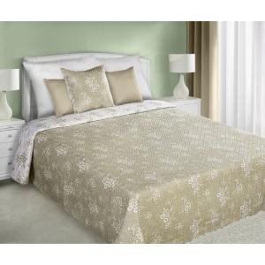 Béžový oboustranný přehoz na manželskou postel s maličkími bílými květy