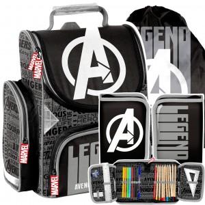 Kvalitní školní taška s příslušenstvím Avengers