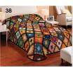 Barevný 3D potah na postel s motivem patchwork