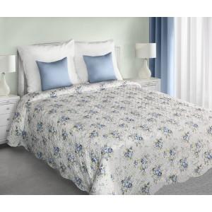 Bílý přehoz na postel oboustranný s motivem modrých květů