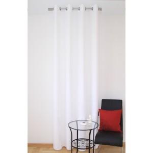 Bílý hotový interiérový závěs