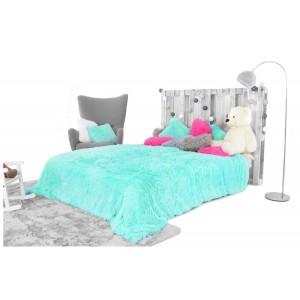 Luxusní chlupaté deky a přehozy tyrkysové barvy