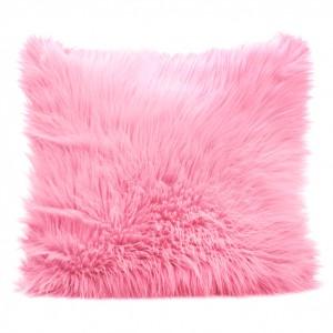 Růžové chlupaté povlaky na polštáře 45x45cm