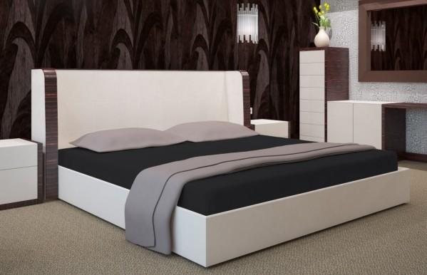 Černé prostěradlo na postel s gumičkou