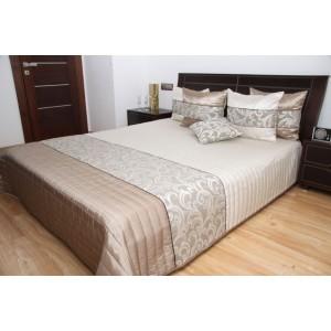 Kvalitní béžové přikrývky na manželskou postel
