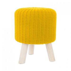 Žlutá taburetka z pleteného materiálu