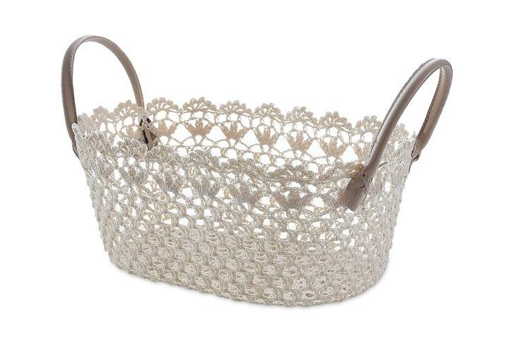 Béžový háčkovaný košík s držadly