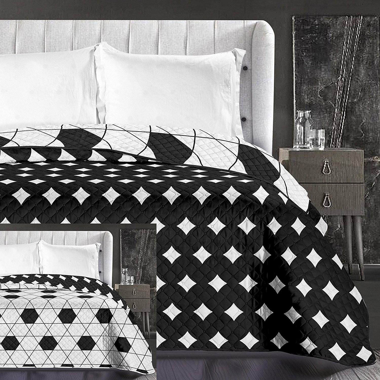 Černo bílé přehozy na postel