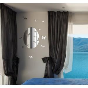 Nástěnné ozdobné zrcadlo s motýly