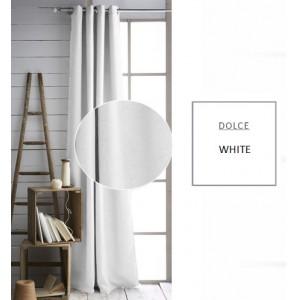 Bílý závěs do obýváku