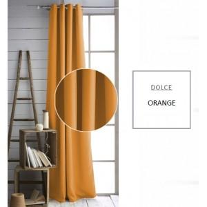 Pestré závěsy oranžové barvy