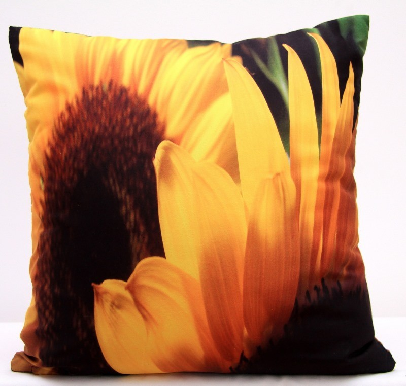 Žluto hnědé povlaky na polštáře s motivem slunečnic