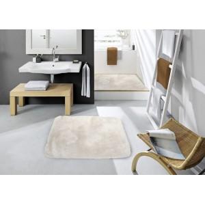 Světlo béžový kobereček do koupelny