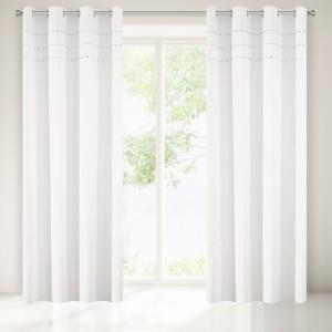 Luxusní bílé závěsy na okna