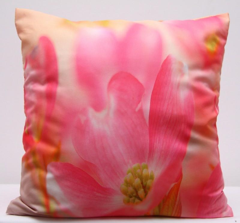 Růžové povlaky na polštáře s motivem růžového květu